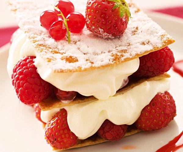 Dessert avec astuce de Lignac : Mille-feuille croustillant à la crème et aux fraises