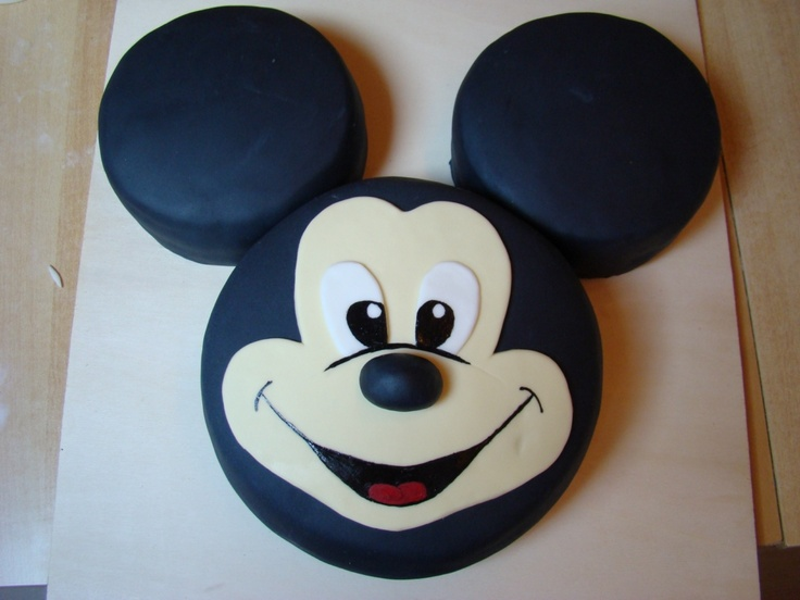 die besten 25 micky maus kuchen ideen auf pinterest micky maus torte micky party und mickey. Black Bedroom Furniture Sets. Home Design Ideas