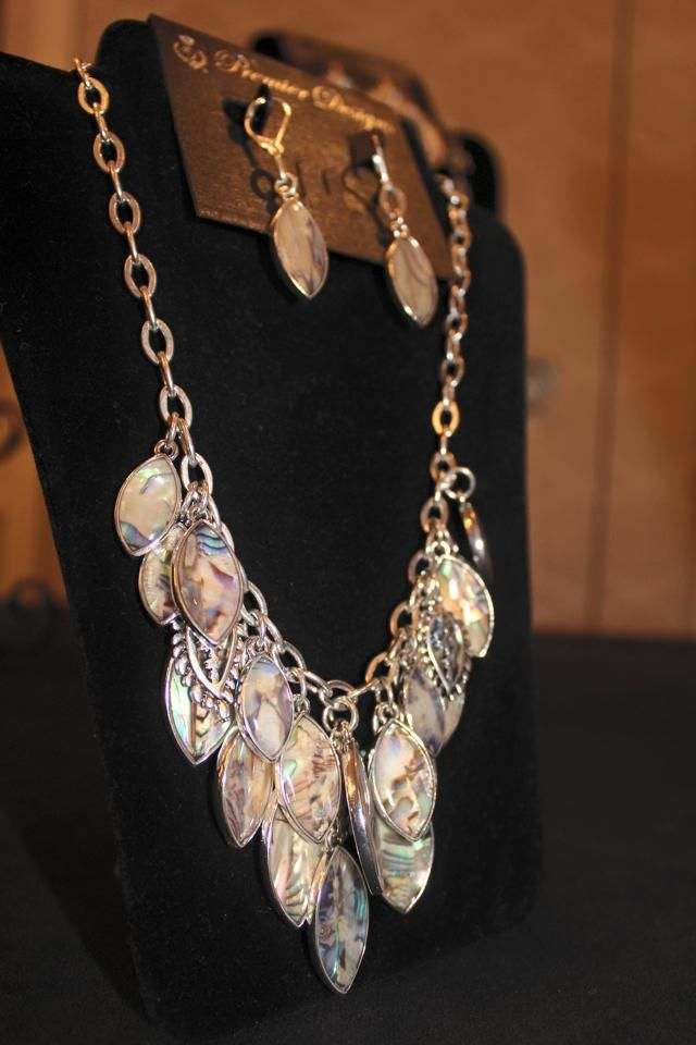 Monterey necklace and earring #premierdesigns