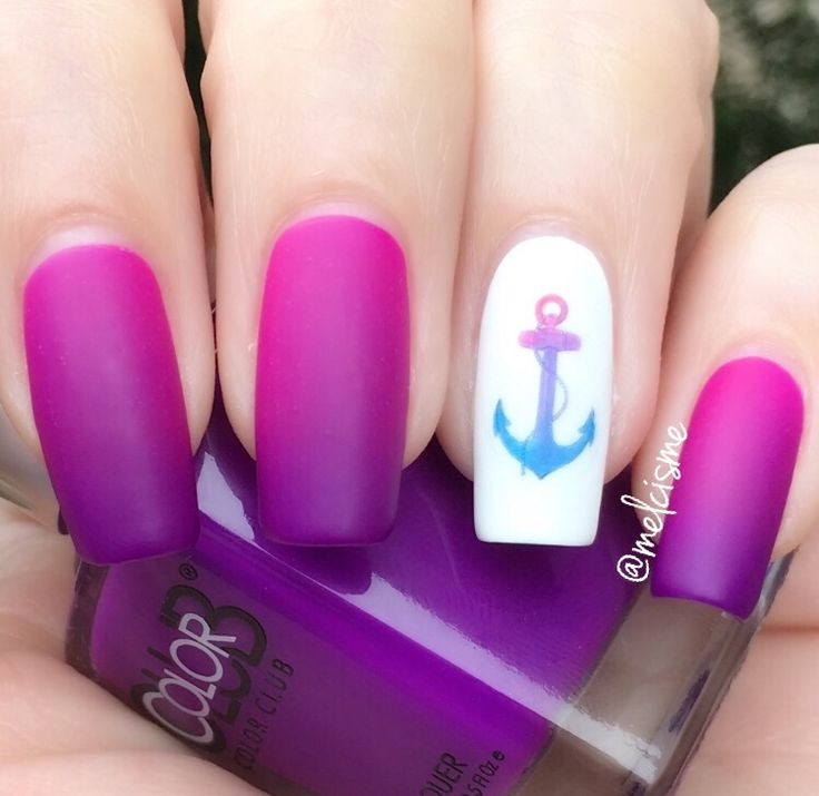 Pink to purple gradient with anchor accent nail