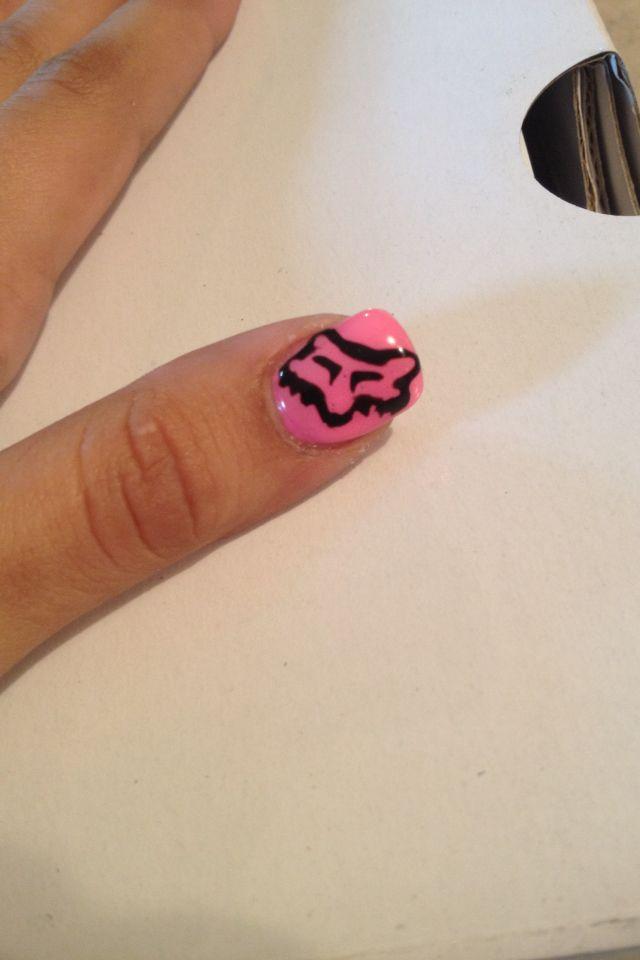Fox racing gel nails. OooohEemmmmGeeee!  Want want want !