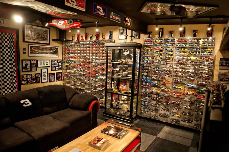 17 best images about nascar cave inspiration on pinterest for Design a man cave