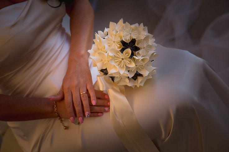Bouquet in carta realizzato con fiori Kusudama. #kusudamamatrimonio #bouquetincarta #creazioniincartapermatrimonio #bouquetadcreazioniincarta #creazioniincarta #creazioniincartapermatrimonio