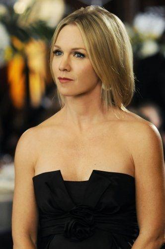 Still of Jennie Garth in 90210 (2008)
