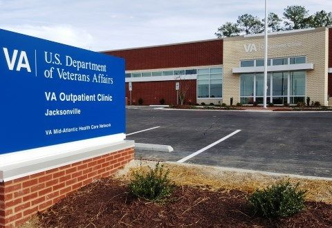 Jacksonville CBOC – Fayetteville VA Medical Center #jacksonville #rehabilitation #center, #jacksonville #cboc http://tickets.nef2.com/jacksonville-cboc-fayetteville-va-medical-center-jacksonville-rehabilitation-center-jacksonville-cboc/  # Fayetteville VA Medical Center Primary care services for veterans in the Jacksonville metro area. Behavioral Health services including individual, group and family counseling, and programs such as QuitSmart Smoking Cessation. Handicapped Accessible: full…