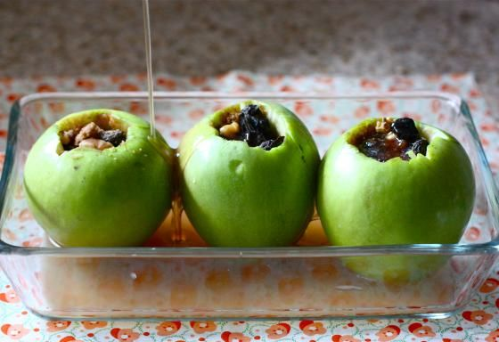 Baked Stuffed Apples with Dried Cherries and Walnuts -- vegan and gluten free