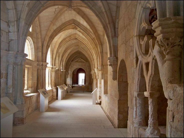 Claustro gótico. Foto: www.monasteriohuerta.org