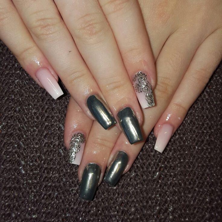 Mirror nails !!