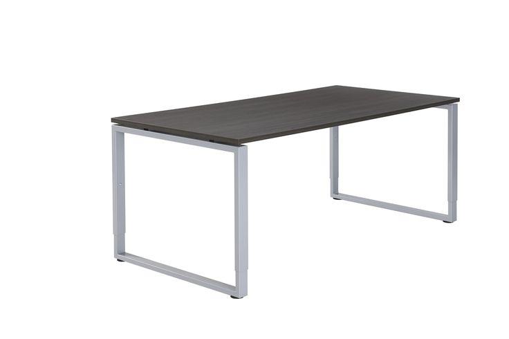 Elegant bureau met een ringpoot. Ook deze poot is in hoogte verstelbaar.