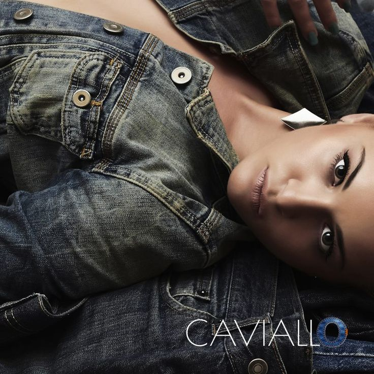 #caviallo #jewellery #bracelet #beautiful #gold #silver #woman #she #fashion #instafashion #style #good #woman's #jeans