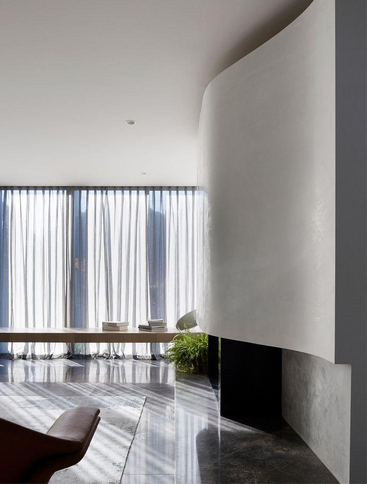 An interior that reflects the geometry of the building's architecture. Mim Design undertook full planning, interior architectural design and decoration.| Projects and Interiors by top interior designer MIM DESIGN showcasing the best of their craft in hospitality, residential and commercial projects. | www.bocadolobo.com #bocadolobo #luxuryfurniture #exclusivedesign #interiodesign #designideas #interiordesigners #topinteriordesigners #projects #interiors #designprojects #designinteriors…