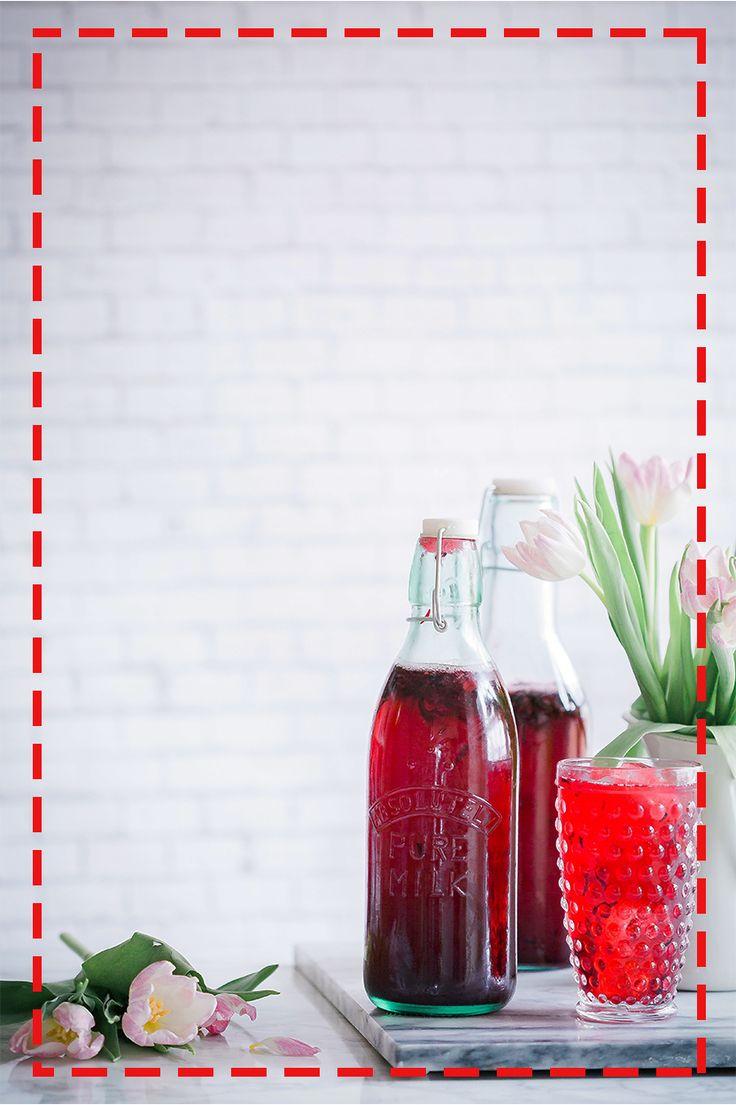 Pyszna lemoniada truskawkowo-arbuzowa to bomba witamin gasząca pragnienie – spróbuj  http://allrecipes.pl/przepis/662/lemoniada-arbuzowo-truskawkowa.aspx