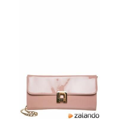 Menbur MADRIGAL Clutch makeup #accessories #menbur #women #covetme