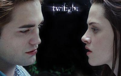 Bella and Edward wallpaper