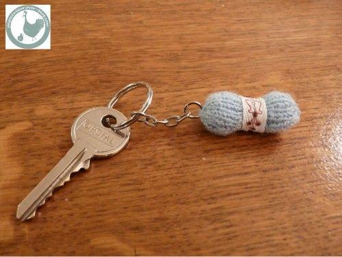 Plus de 1000 id es propos de porte clef sur pinterest - Clef a laine ...