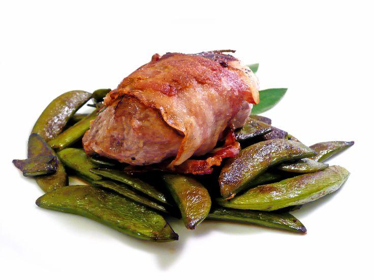 Steak v anglické slanině #ukastanujarov http://www.ukastanu.cz/jarov
