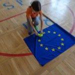 Jak połączyć Wychowanie Fizyczne z wiedzą o Unii Europejskiej, odpowiedź znajdziecie we wpisie poznańskiej szkoły. http://blogiceo.nq.pl/poznan58/2014/04/01/unia-europejska-na-lekcji-w-f/