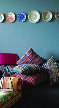 Kleurbeeld van Marieke Kusters, interieur- en fotostylist http://www.stylink.nl/etalages-|-portfolio-s/Marieke-Kusters/ #stylink #kleur