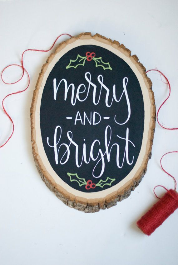Handwriting is one of the top 2015 design trends of the season. Love it on this beautiful Christmas decoration!