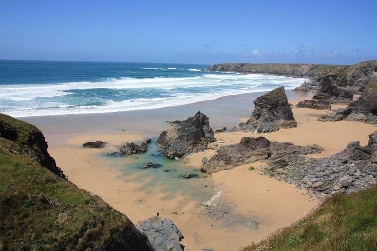 Keine Frage - die gesamte Küste Cornwalls ist landschaftlich überwältigend und bietet unzählige atemberaubende Aussichtspunkte. Doch alle kann man während eines Urlaubs beim besten Willen nicht sehen. Deshalb habe ich heute eine Liste meiner Lieblingsaussichtspunkte in Cornwall für euch zusammengestellt:   Rame Head: wilde Ponys und Ruinen   Auf der Rame-Halbinsel ganz im Westen de ...