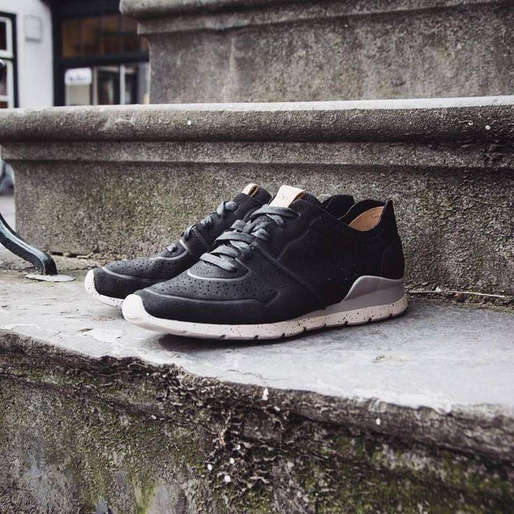 UGG  Shop: http://www.shoesbyboudewijns.nl/nl/ugg-australia-tye-1016674-black/g6/p74126/  #thisisUGG #shoesonline #fashion #shoppingday #shoesbyboudewijns #bestchoice #sneakers #black #newonline #summerfeeling