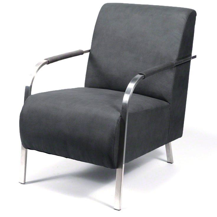 Lekker loungen met een boekje, een glas wijn of een lekkere kop thee doe je natuurlijk in deze Loungefauteuil! Deze stoel is perfect om lekker in weg te zakken na een dag werk of school. Creëer een relaxte zithoek, dat is nog eens lekker thuiskomen!