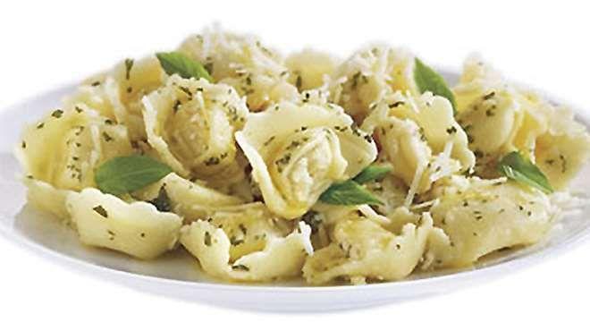 Salade de pâtes tortellini et de légumes. Recettes IGA