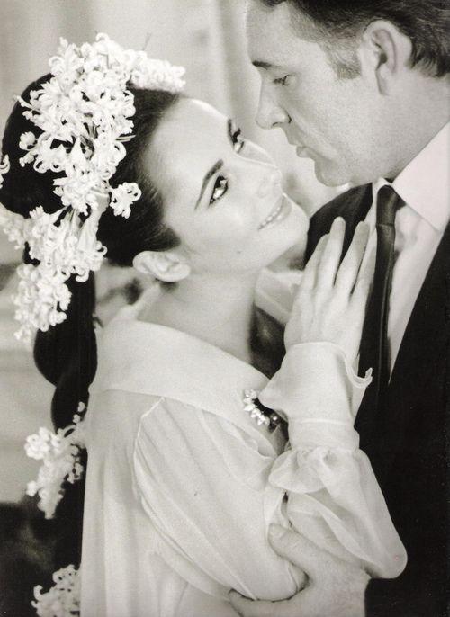 [MARRIED] Wedding No 5 - Elizabeth Taylor and Richard Burton - 1964. #actor