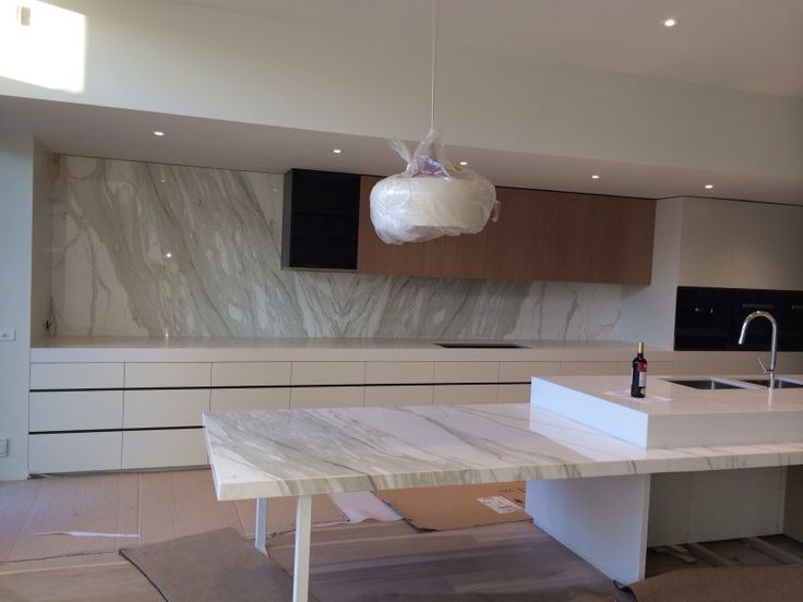Eaglestone Creations is experts in Stone Benchtops and Essa Stone in Melbourne.