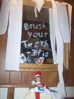 ELF ON THE SHELF IDEAS 2012 Bathroom