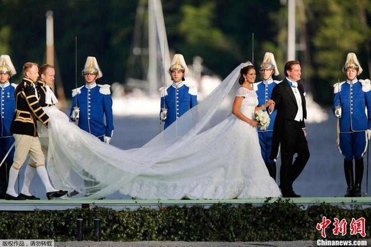 8 июня по местному времени в г. Стокгольм Швеции состоялась свадьба принцессы Швеции Мадлен и финансиста Кристофера О'Нила с в королевской часовне.
