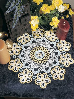 Crochet flower doily, free pattern