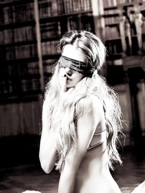ḺỚV℮: Masks Black, Masks Faccia, Blindfold Lady, Conoscersi Meglio