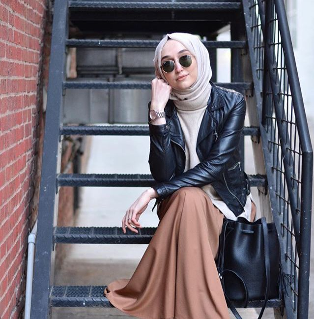 Rocker-chic up your hijabi style with a chic leather jacket. #rockerchicasaverb