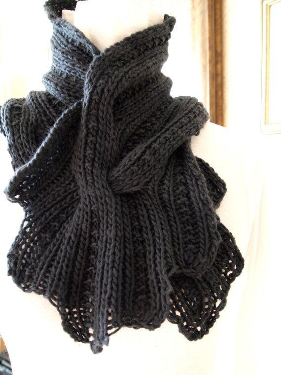 Sprigs PDF Hand Knitting Scarf Pattern van KnitChicGrace op Etsy, USD4,50 Kni...