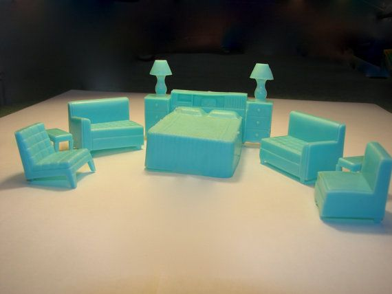 Vintage Dollhouse Furniture - 1940s Turquoise Plastic Miniatures via Etsy  I had this furniture in my dollhouse.