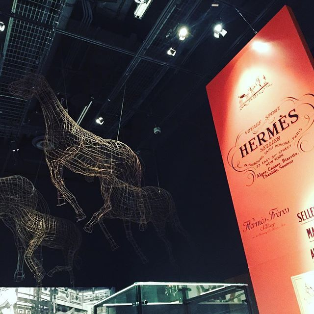 "#exposition ""Des #chevaux et des #hommes"" . . #blog #sunsee #frenchblogger #montreal #pointeacalliere #hermes #exhibition #horses #canada #travel #traveling #vacation #instatravel #trip #photooftheday #tourism #instapassport #mytravelgram #travelgram #igtravel #explorecanada"