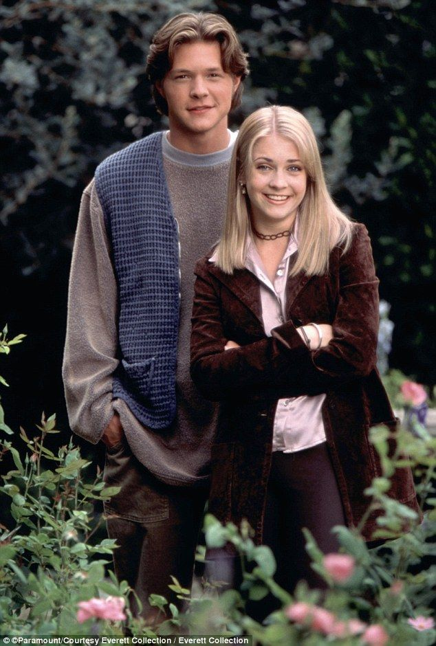 Sabrina The Teenage Witch S Nate Richert Has Several Jobs To Pay Bills Harvey Sabrina Sabrina Witch Sabrina Spellman Official website for actor/director/songwriter nate richert. harvey sabrina