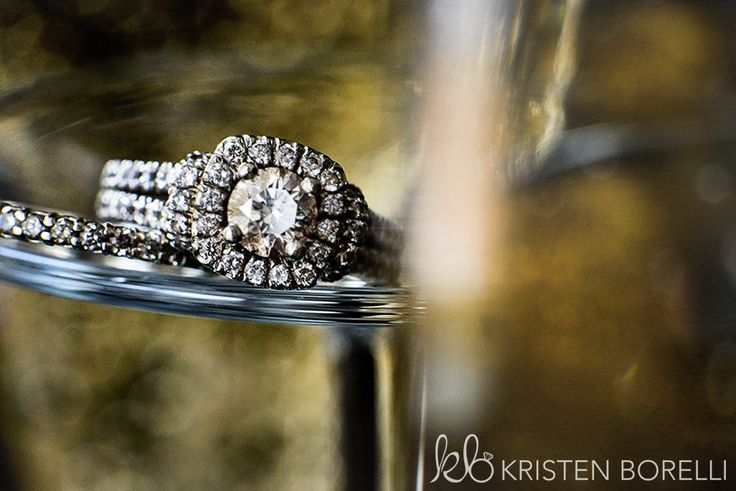 Engagement Ring (Vancouver Island Wedding Photography, Kristen Borelli)