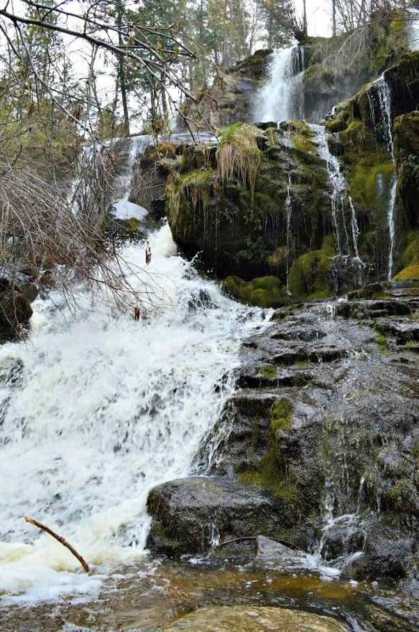 For a spectacular waterfall in the South Okanagan, Naramata Falls is a must visit destination. There are so many different forces of water flowing...
