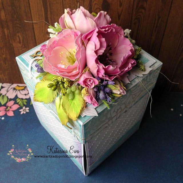 209. Bohoo wedding exploding box with dream catchers - a must see #dreamcatcher #foamiran #handmadeflowers #Lemoncraft #Wildorchidcraft #Craftymoly #Studiolight #ewaconstancja #katarinaewahandmade