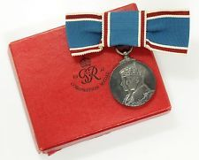Estate 1937 British Medal Coronation of King George VI Ladies Ribbon & Orig Box in Collectibles, Militaria, Other Militaria | eBay