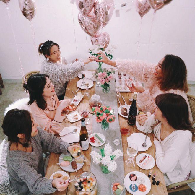 """画像: 1/13【バレンタインに""""男子禁制""""?女性同士で楽しむ「ギャレンタイン」日本で広まるか】"""