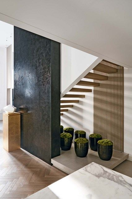 Discover Kelly Hoppens Neutral Spacious House In West London On HOUSE    Design, Food And Travel By House Garden.