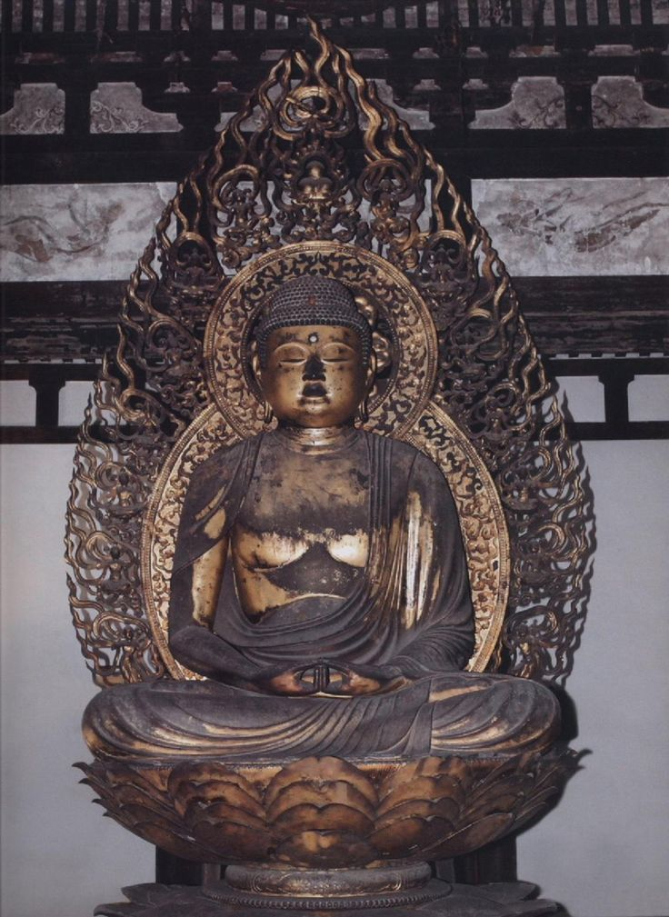 法界寺阿弥陀如来像:法界寺は藤原家一族・日野氏の氏寺で、開基は最澄とされている。鳳凰堂の阿弥陀如来像よりおよそ50年後に、定朝様を踏襲し制作された像である。