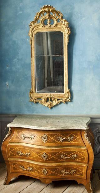 Spegel och byrå från 1700-talet - Skoklosters slott - 94293.