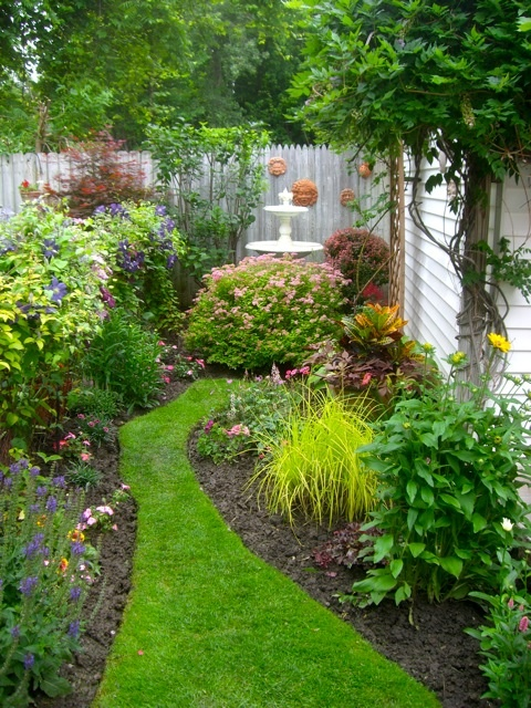 Small Garden Layouts Pictures 125 best gardening - small garden ideas that might work in my