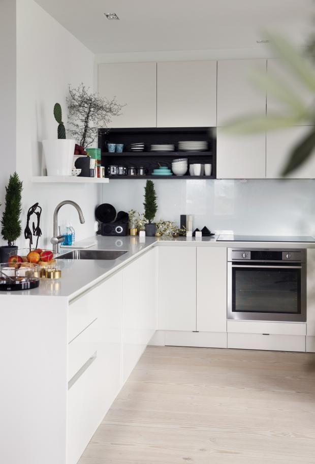 Stylish House in Oslo, kitchen, white, design, decor, interior