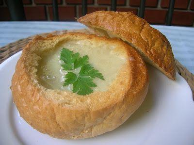 Receptelő: Hagyma(krém)leves cipóban