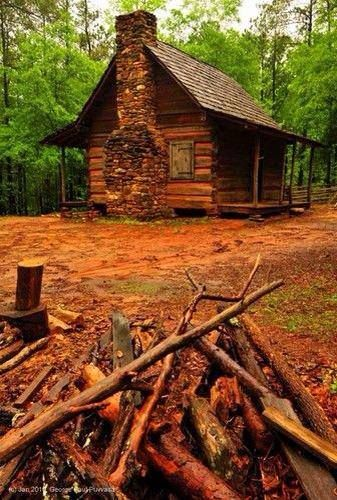 1850's log cabin at Picketts Mill Battlefield Historic Site in Dallas, Georgia. http://projects.ajc.com/